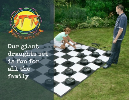 giant drafts garden game set